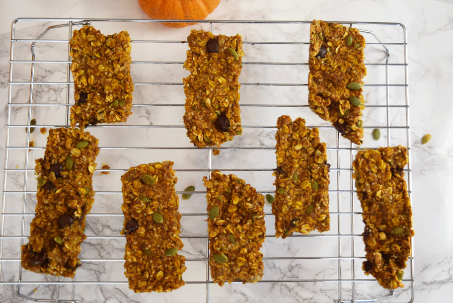Chewy Pumpkin Hemp Granola Bars
